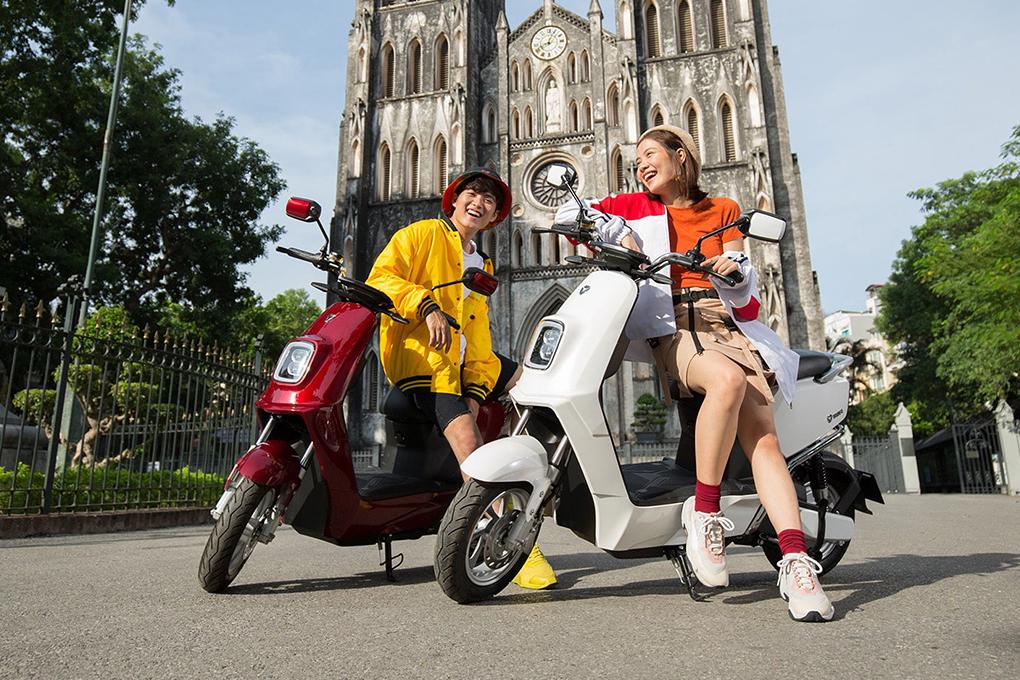Xe máy điện YADEA E3 với thiết kế trẻ trung, màu sắc nổi bật
