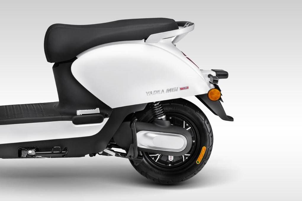 Động cơ mạnh mẽ mang đến sự vận hành êm ái cho xe máy điện YADEA M6i