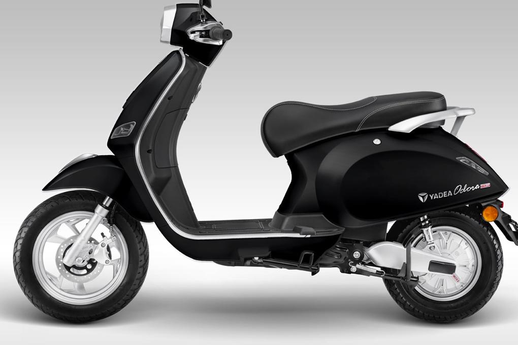 Xe máy điện YADEA Odora được trang bị lốp không săm cùng phanh đĩa hiện đại, an toàn