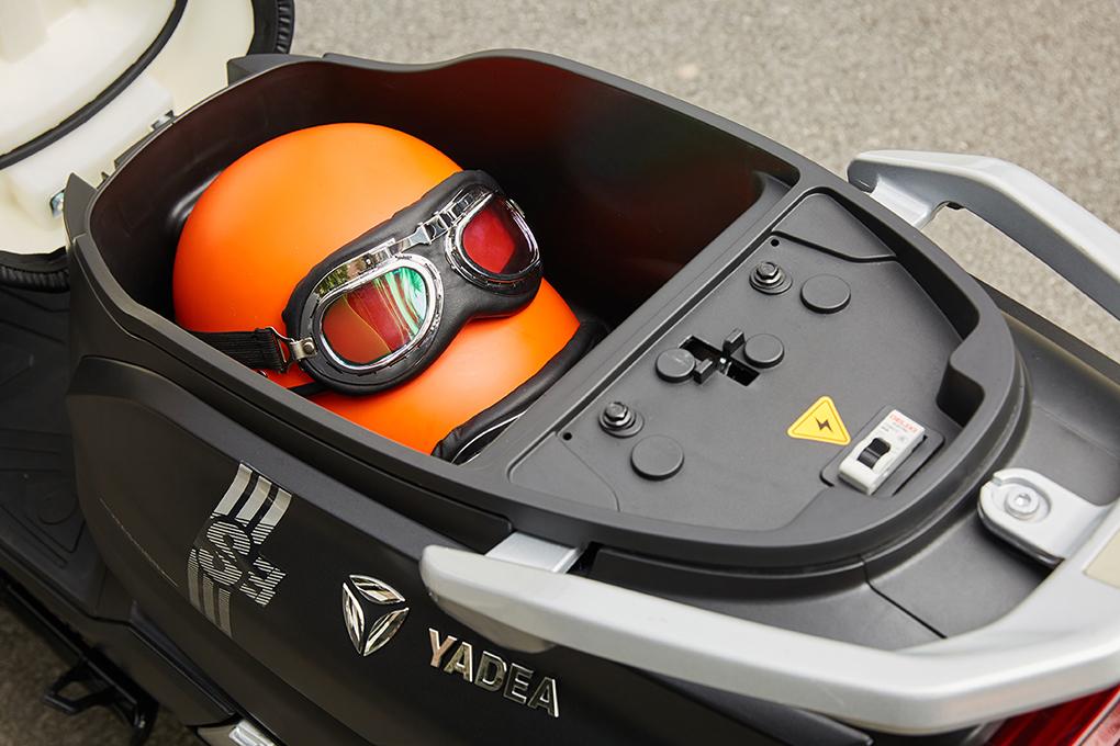 Xe máy điện YADEA S3 sở hữu siêu cốp xe với thể tích 21 lít